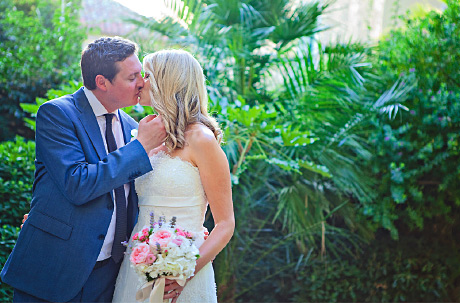 French Canadian Chantal Lachance-Gibson has made her home in Glasgow along with husband Scott; together they form Chantal Lachance-Gibson Photography (formerly Reflections Photography)