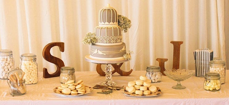 205a_thumb_32_best_scottish_weddings_cakes