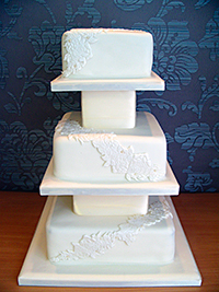 D Cake Company; some added height between each tier can really enhance the impact of your cake