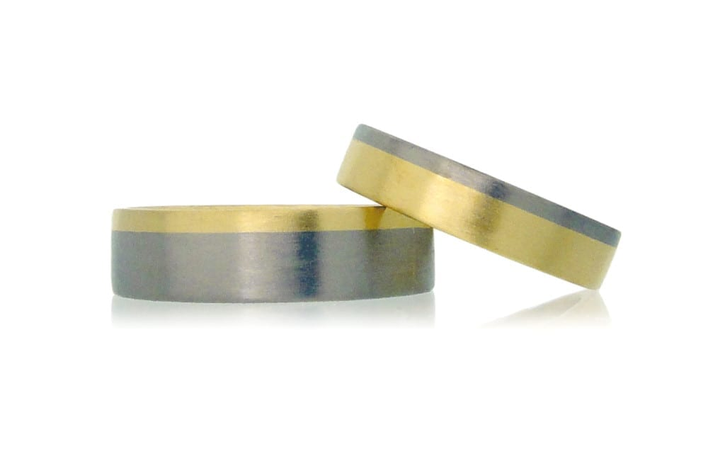 Amanda Li Hope's Saturnine and Arc wedding rings inverse different metals for a unique take on traditional bands