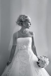 A classic pose, shot in a timeless style (image by  www.jhphoto.co.uk)