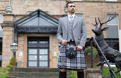 House-of-Henderson-Spirit-of-Stirling-outfitWEB.jpg