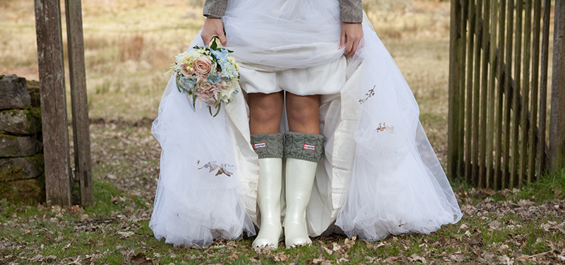 Wedding photographers need to be able to come up with practical solutions to unexpected problems and still create arresting images, as these wellies demonstrate (stevieweir.com)