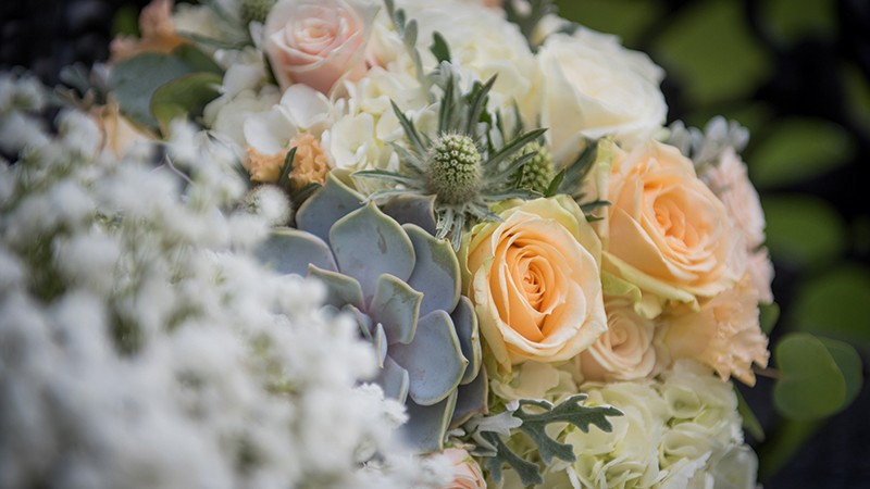 Ten steps to wedding floral fabulousness