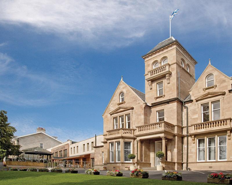 The Lynnhurst Hotel in Johnstone