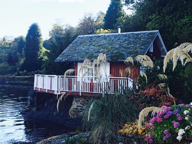 11Lodge on Loch Goil Unknown-3