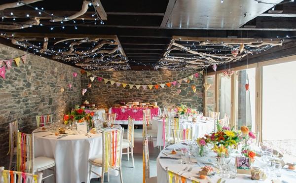 Transforming a barn into a warm and romantic wedding venue