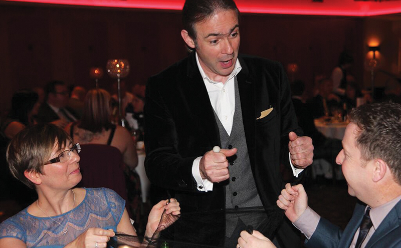 Paul Nardini mixes and mingles with your guests, performing amazing close-up magic