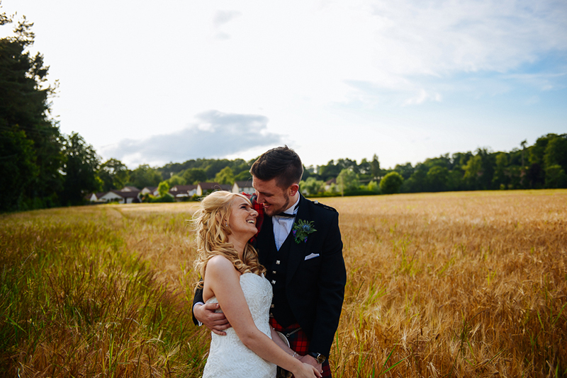 1simonsstudio_wedding_photography_perth_huntingtower_web-689
