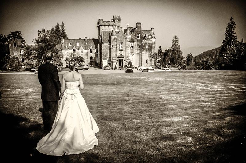 13Sarah MacDonald Photography Stonefield Castle