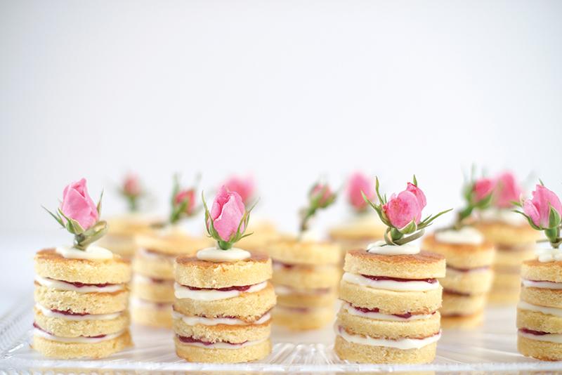 7hautecake_credrose-and-raspberry-ga%cc%82teau-1-maja-jankowska-photography