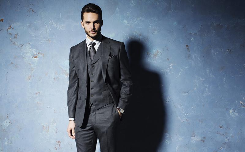 Grey Albemarle Sharkskin wool suit, £595