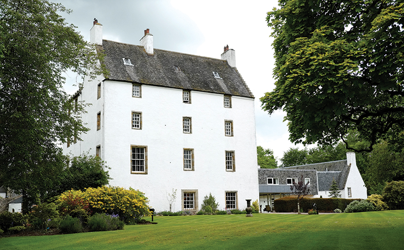 Macdonald Houston House Hotel offers a Whirlwind package that's ideal for couples on a short timescale