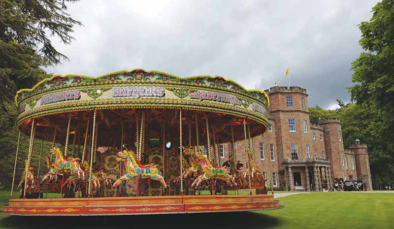 A fabulous retro carousel from Carouselforhire