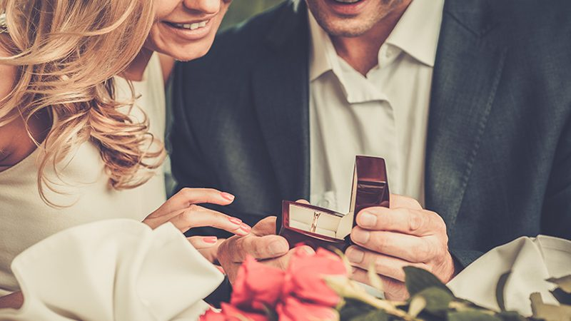 HOW TO: confess you don't love your engagement ring