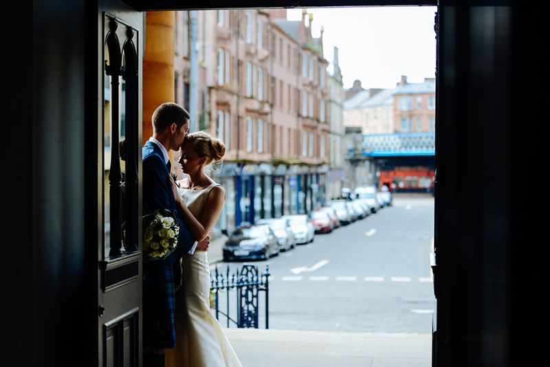 9simonlees_wedding_photography_glasgow_standrewinthesquare-510