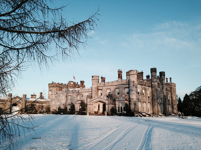 maindundas_frozen-castle-2015