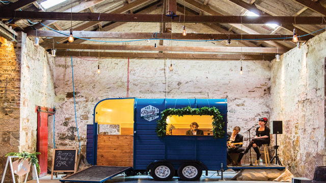 Take note, you can now book a travelling piano bar for your wedding