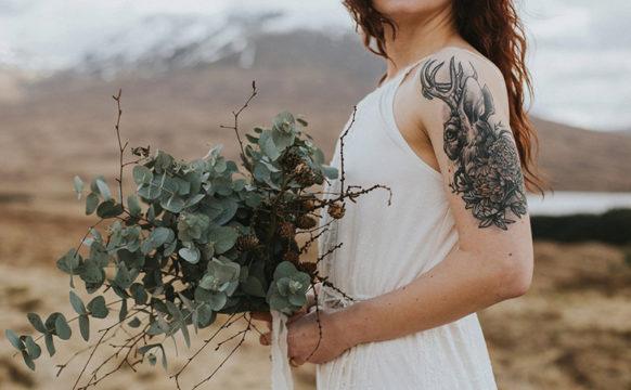 featFOLIAGE_Tupelo-TreeCRED-Maureen-Du-Preez-photography-fine-art-elopement-wedding-photography-glencoe-059.jpg