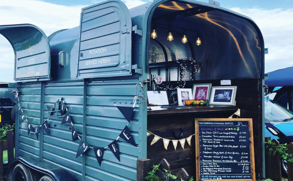 Enjoy a glass of fizz al fresco with The Cantering Clydesdale Bar Co.
