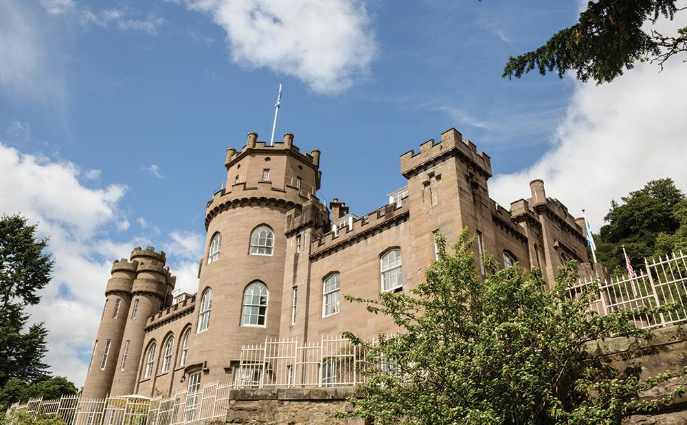 Drumtochty Castle, castle wedding venue in scotland