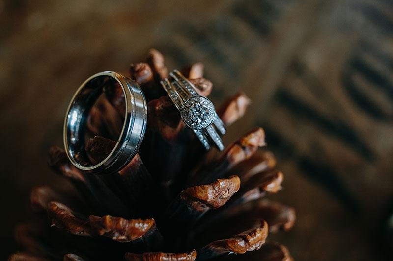 Rings on an acorn