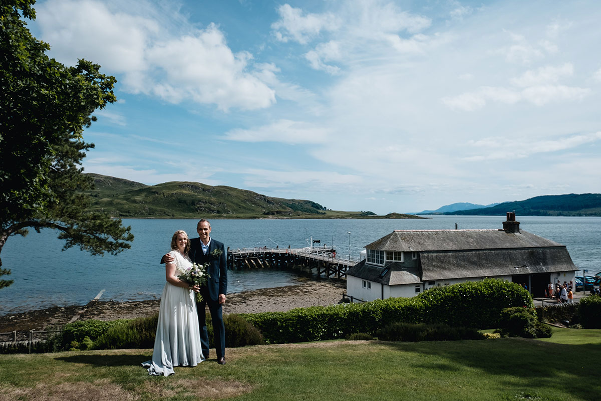bride and groom at tighnabruaich