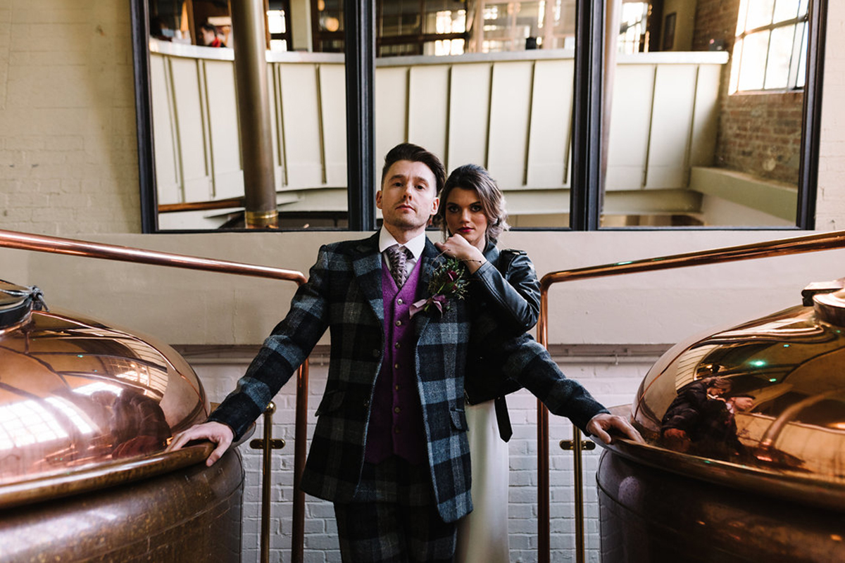 bride-and-groom-in-west-brewery