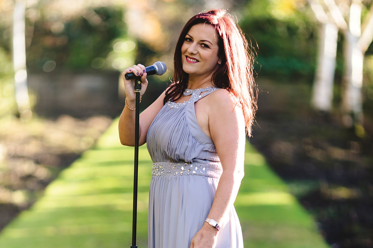 clare-semple-wedding-singer