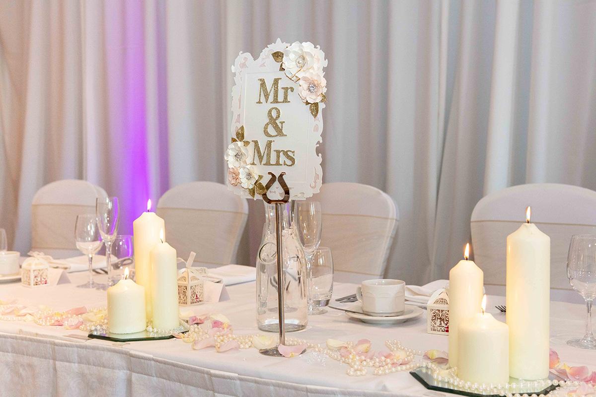 pastel-table-centrepieces