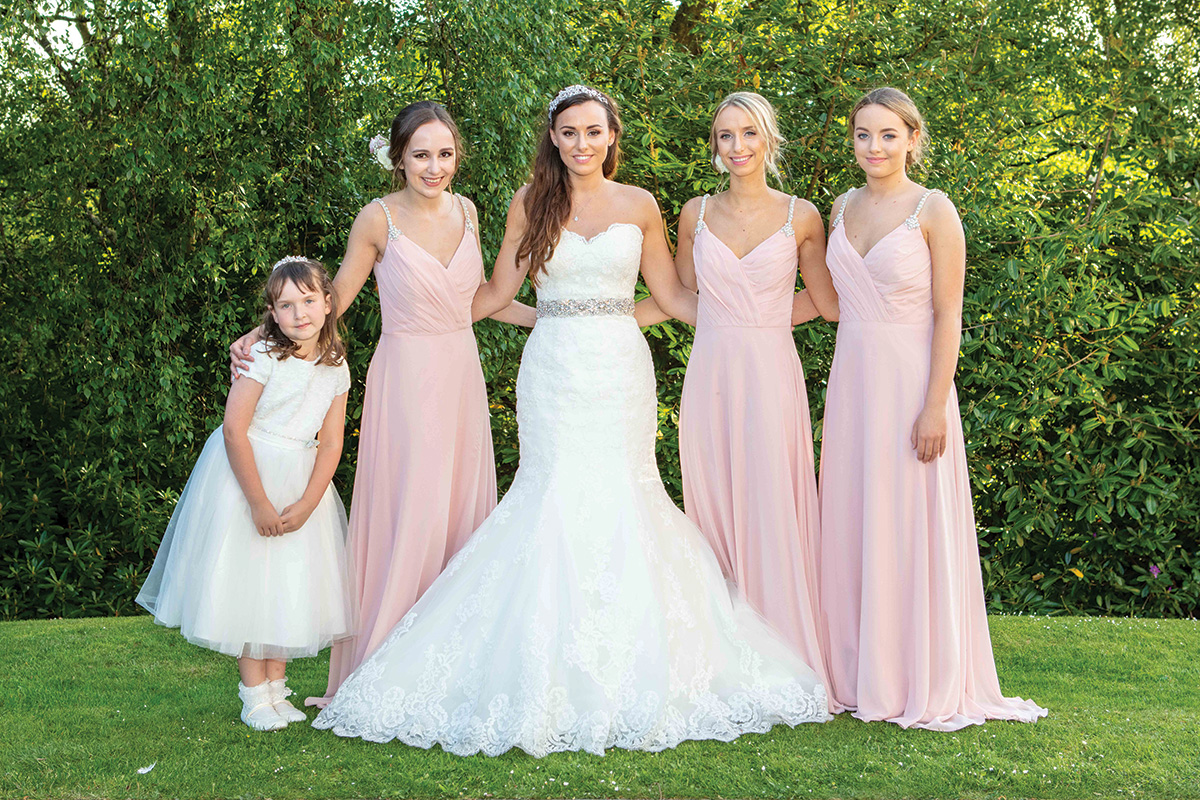 5bride-and-bridesmaids-in-pastel-pink-dress