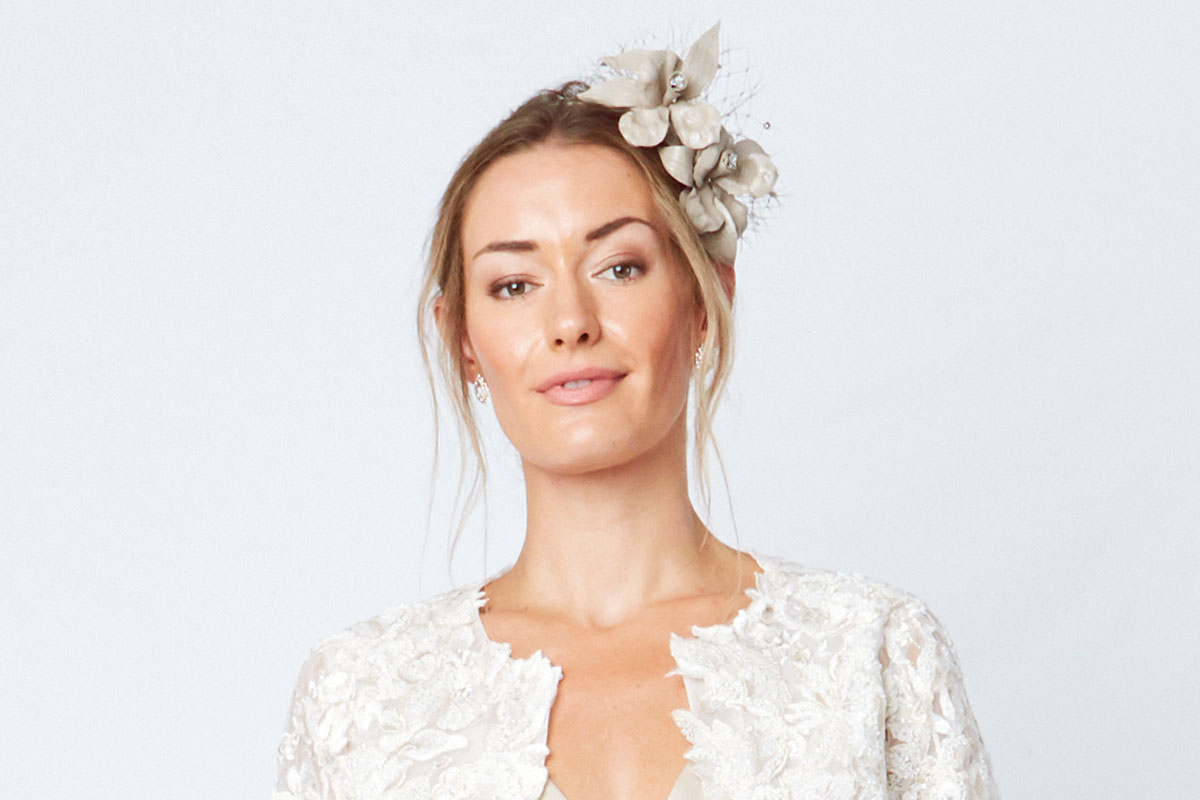 bridal-model-with-glowing-skin