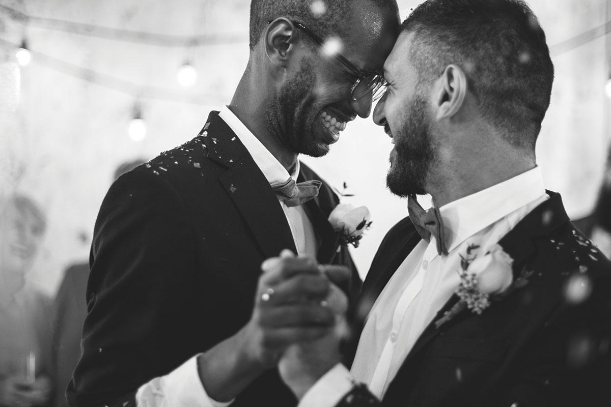 two-grooms-dancing