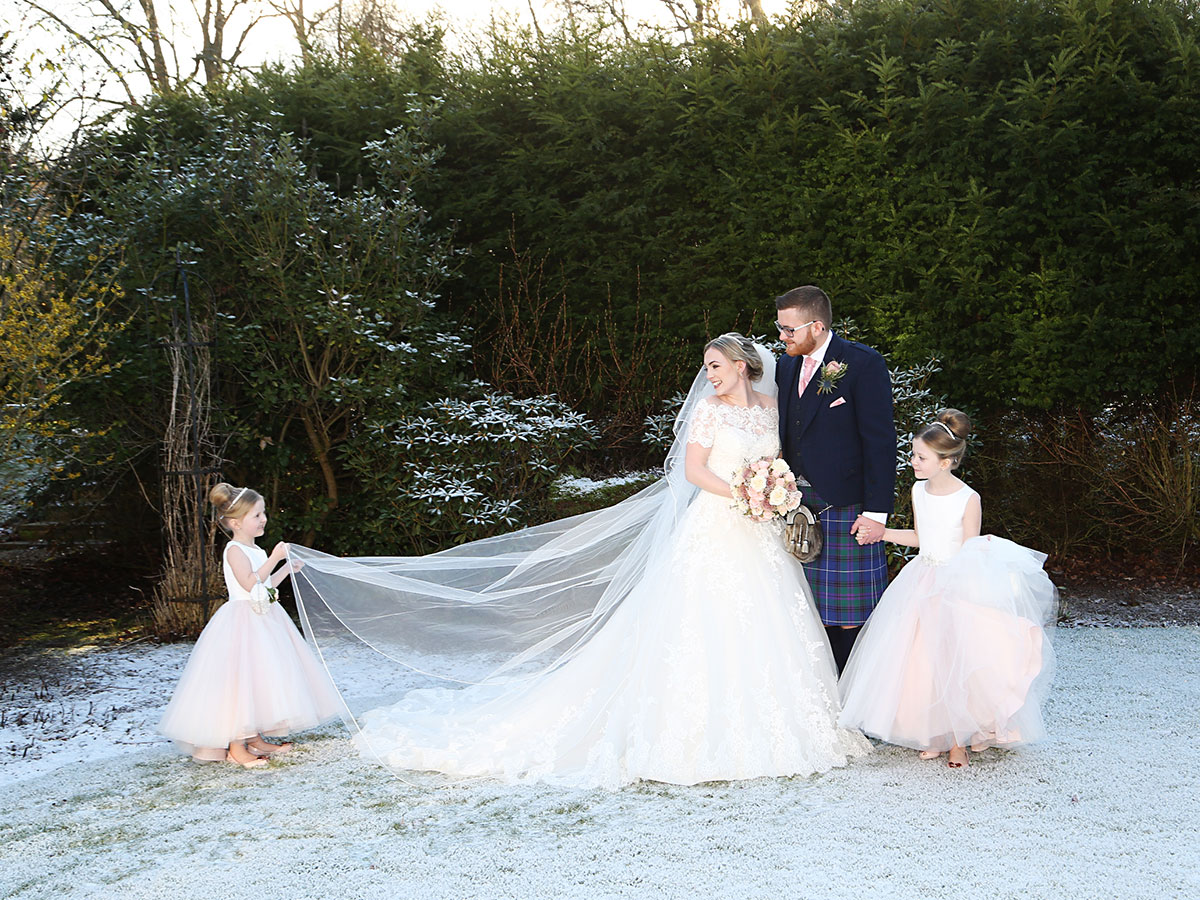 13bride-and-groom-and-their-two-daughters