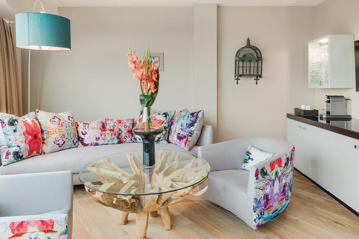 radisson_collection_Garden-Paradise-suite