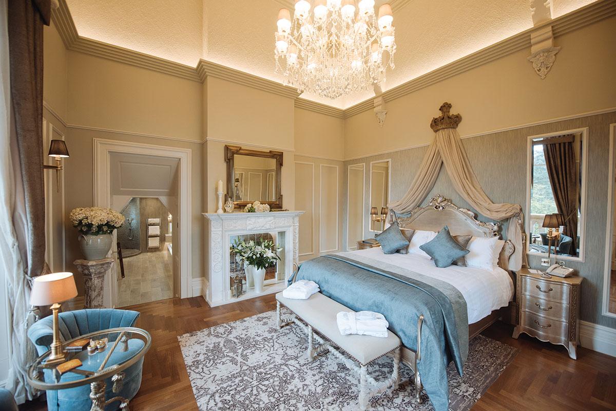 cornhill-castle-honeymoon-suite