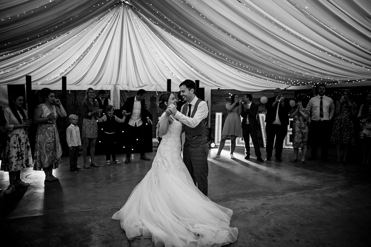 black-and-white-shot-of-the-first-dance