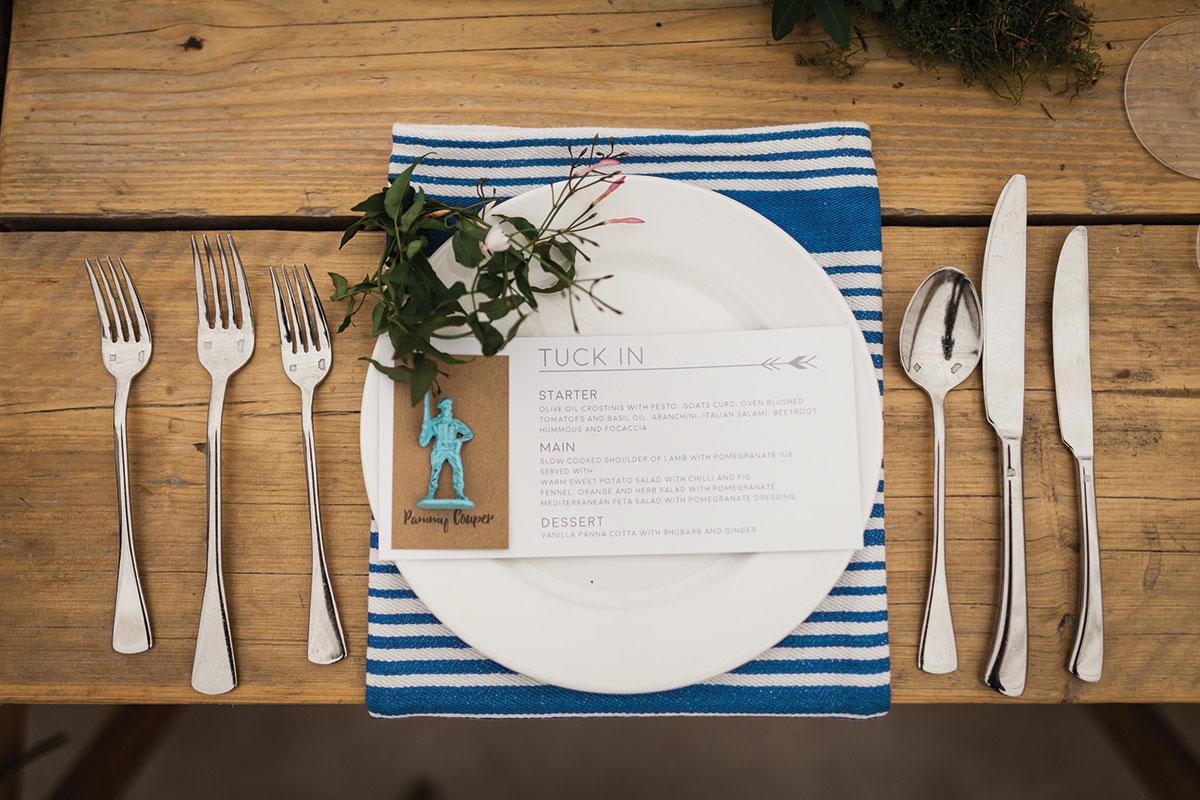 lemonbox-striped-napkin-and-wedding-menu