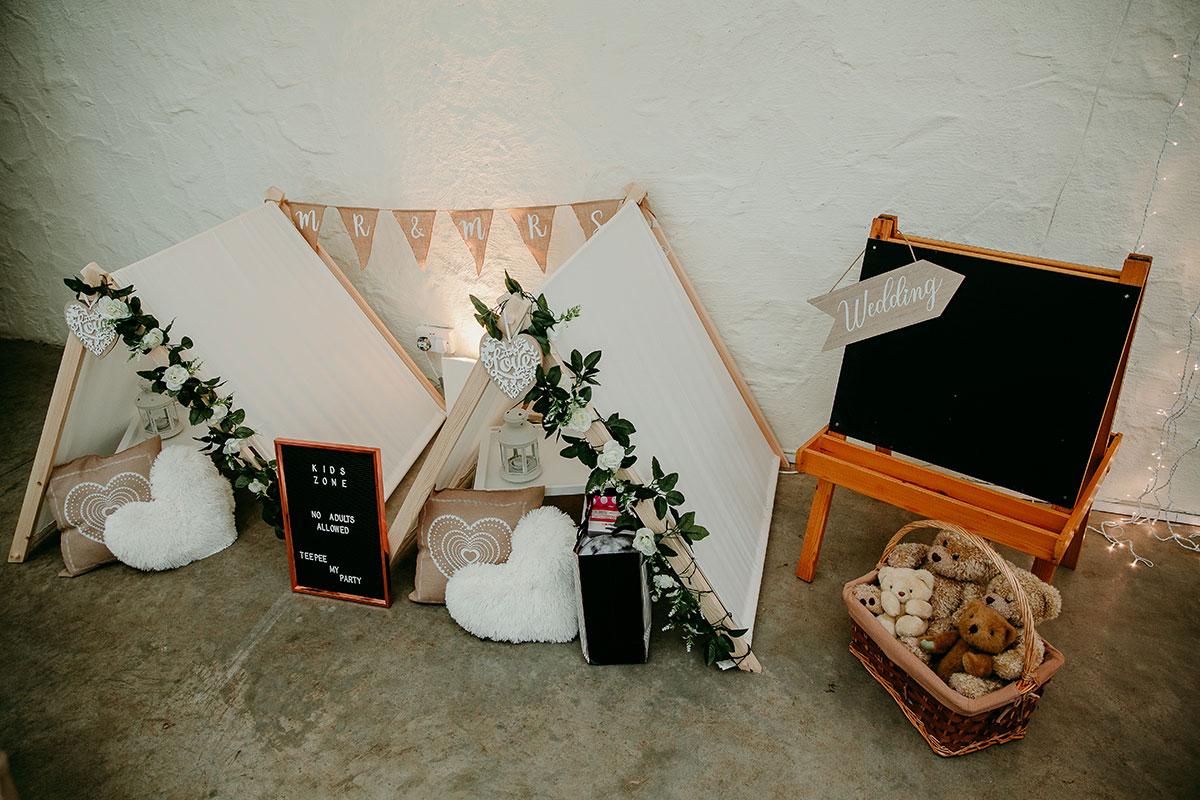 kids-zone-set-up-at-wedding