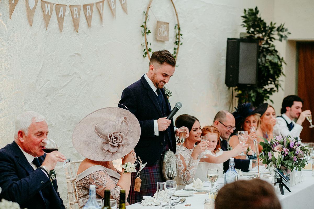 groom-giving-speech