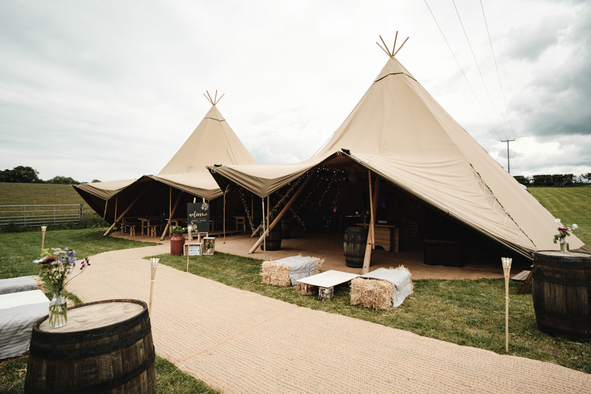 teepees-set-up-for-a-wedding