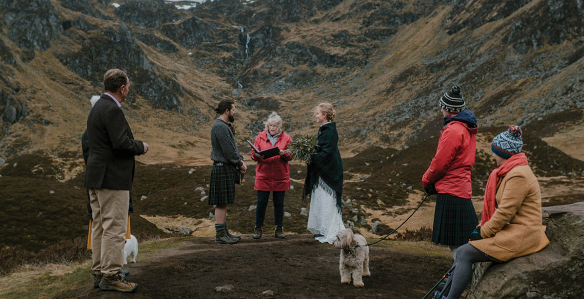couple-getting-married-on-scottish-hillside