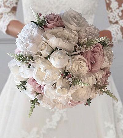 bridal-arrangement-with-faux-flowers