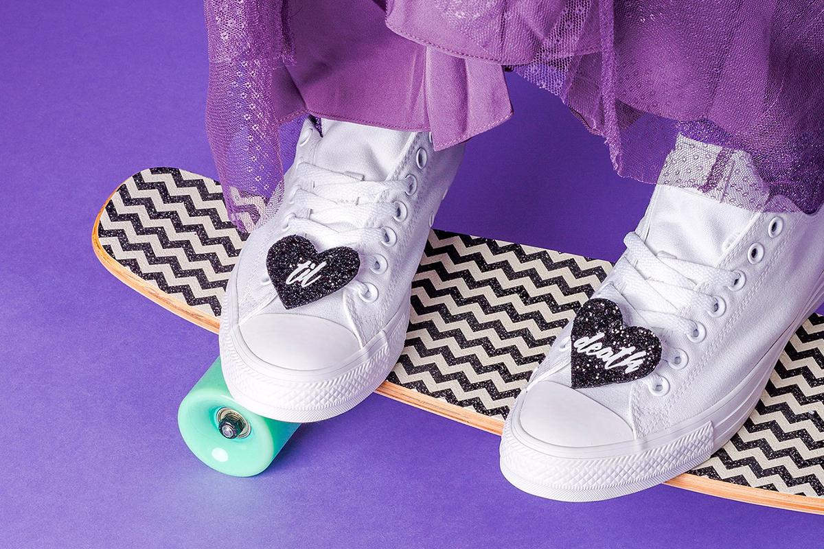 crown_and_glory_custom_slogan_glitter_heart_shoe_clips