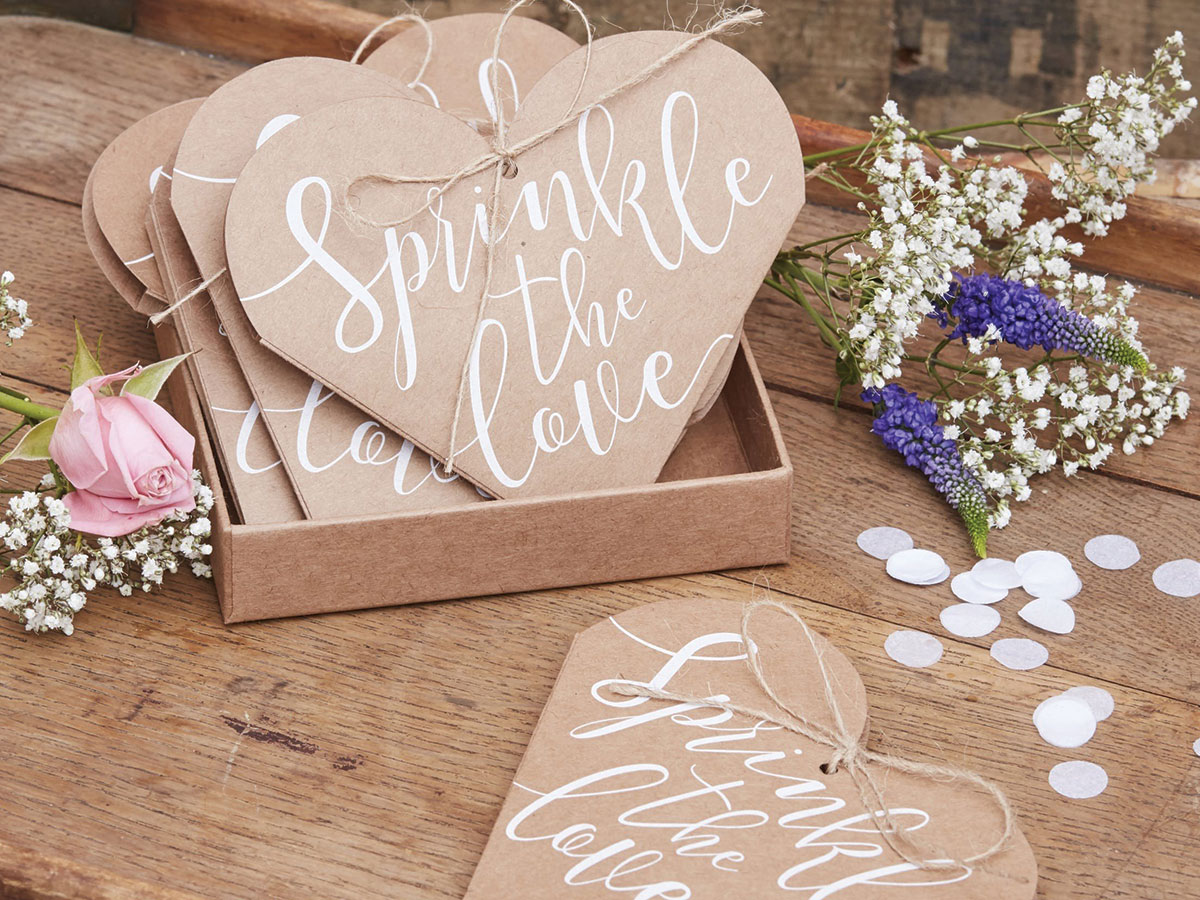 wedding_of_my_dreams_sprinkle_the_love_confetti_cones_heart_shaped