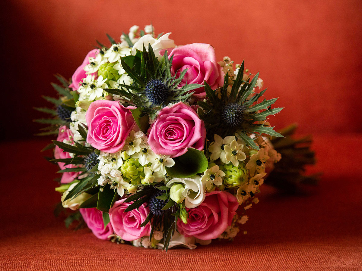 pink-and-cream-bridal-bouquet-with-thistles