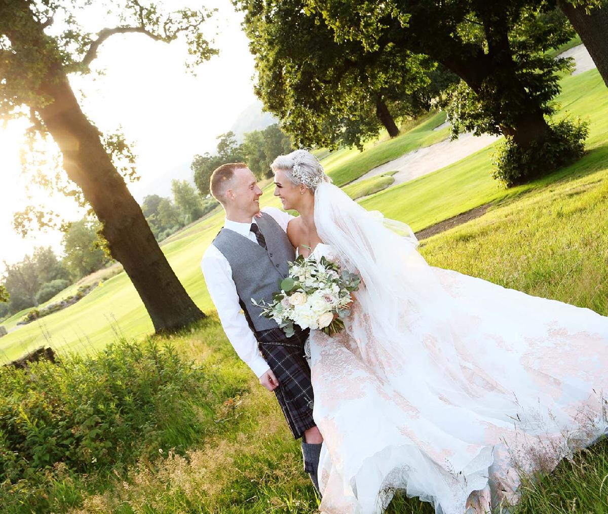 bride-and-groom-in-woods