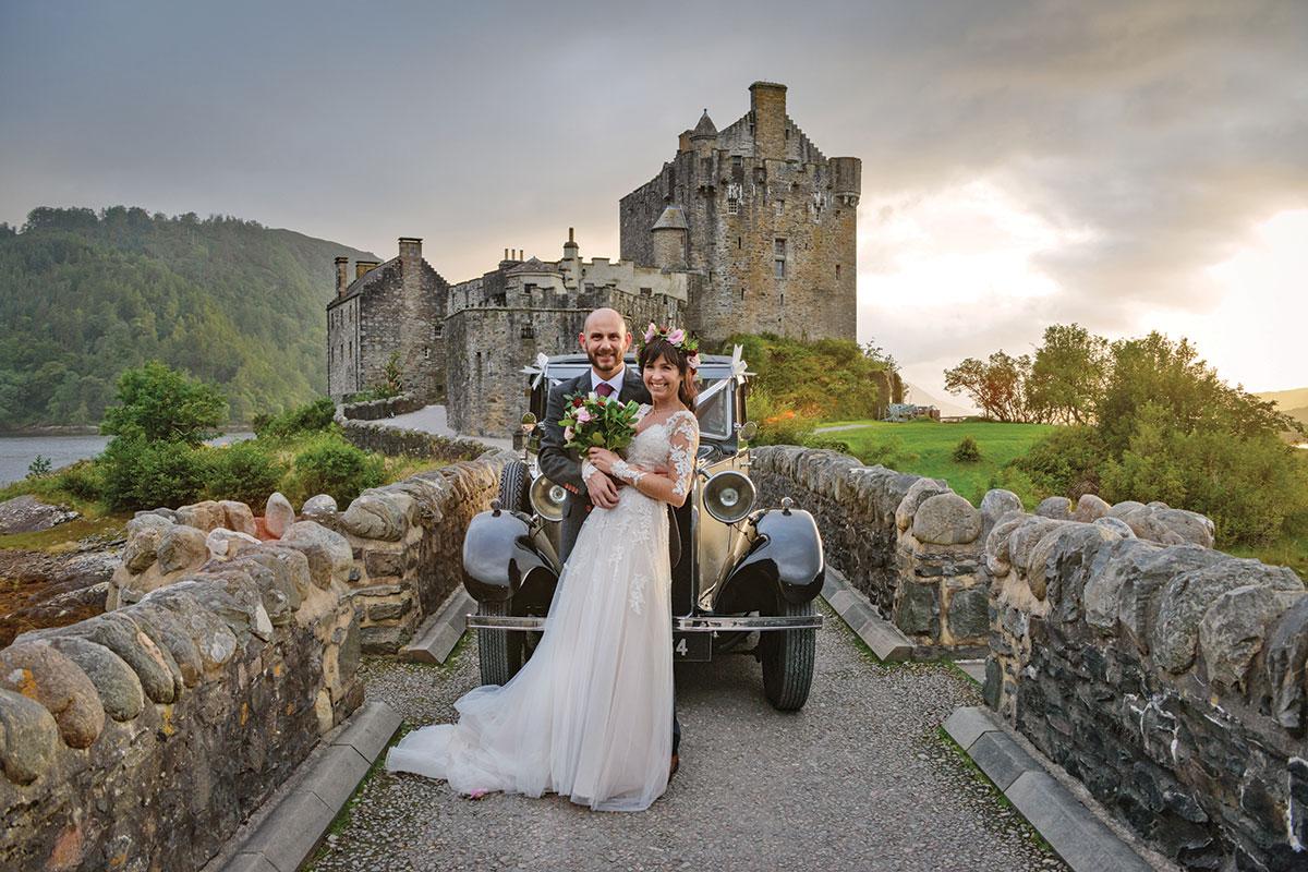 bride-and-groom-outside-eilean-donan