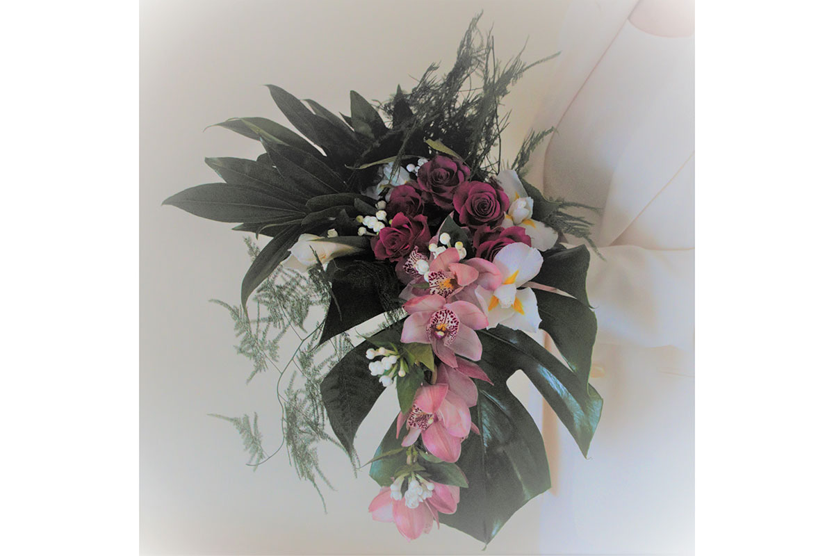 flowersbyhelen_Deco-Tropical-bouquet