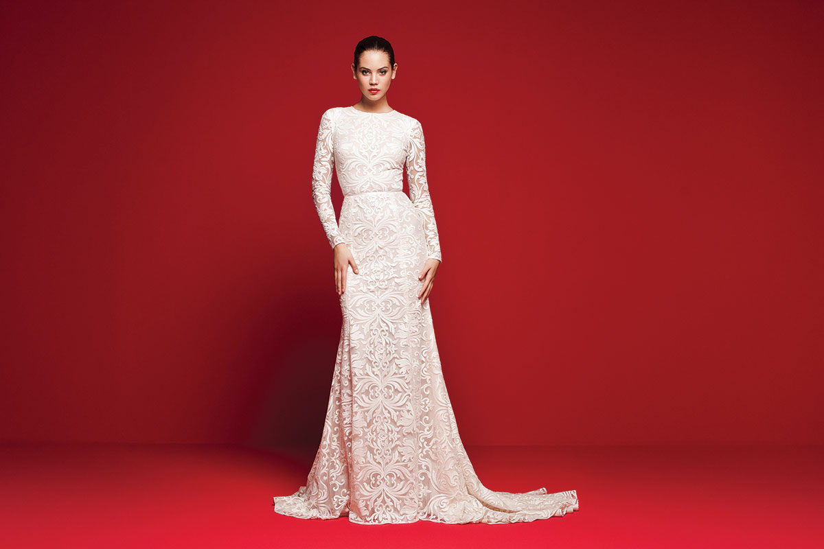 Long-sleeved-lace-gown,-£POA,-Daalarna